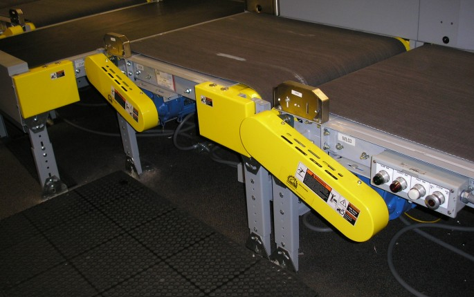 Uni-Queue Belt Conveyor System with Safety Guards